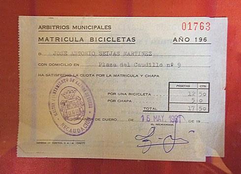 Recibo de matrícula de bicicleta en Aranda de Duero