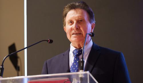 Santiago Domínguez pronuncia unas palabras durante la reciente I Gala de Hostelería de Málaga