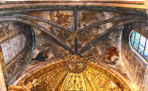 Frescos pintados en la bóveda (siglo XVIII)