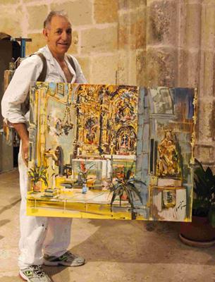 Severiano Monge mostrándonos su cuadro recién acabado