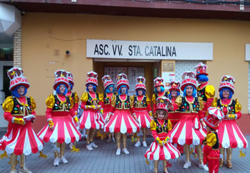 Saliendo de la Asociación para el desfile de Carnaval