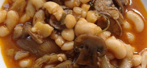 Potaje de fabes con setas