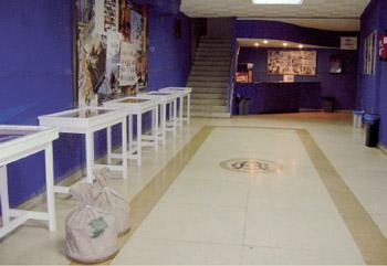 Año 2009. Exposición en el recibidor del Teatro Cine Aranda con motivo del 75 aniversario