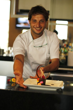 Chef Acis Villalobo