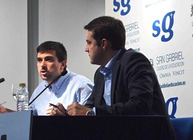 Ramón Espinar (PODEMOS) y Óscar Galeano (PSOE)