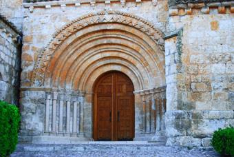 Portada románica de la Iglesia de Terradillos