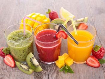 Los zumos de frutas son fuente de nutrientes importantes