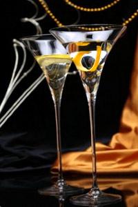Vermut (una copa, 100 ml): 139 Kcal.