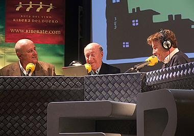 Pedro Félix (izquierda) junto a Peridis y del Pino