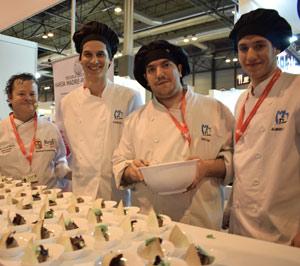 Alumnos de la Escuela de Cocina de Aranda y la Ribera