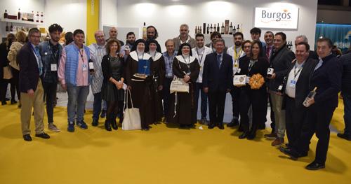 César Rico junto a los productores de Burgos Alimenta y los cocineros Alejandro Serrano y Ricardo Temiño