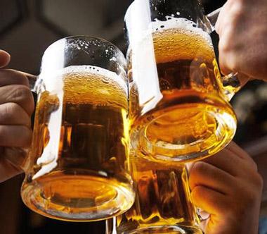 Jesús Calleja favorito para compartir un buen rato y una cerveza