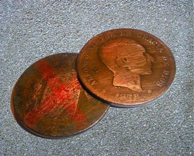 """Monedas denominadas """"Perras"""" en el Juego de las Chapas"""