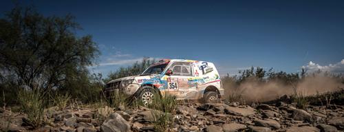 La burgalesa finaliza el rally más duro del mundo por segundo año consecutivo