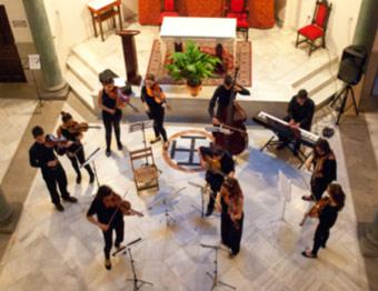Doce músicos, doce corazones tras cada instrumento