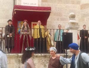 La Jura de la Princesa. Atrio de la Iglesia de Santa María