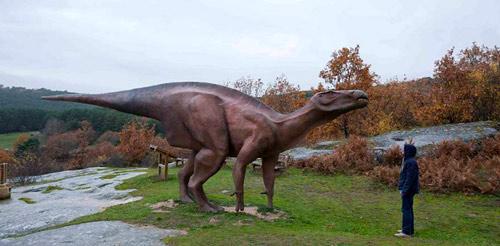 Museo de los Dinosaurios en Salas de los Infantes