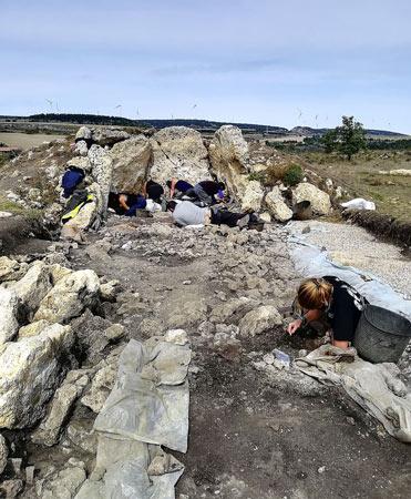 Dolmen neolítico ubicado en la localidad de Reinoso (Burgos)