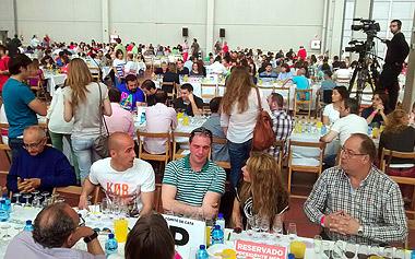 Cata multitudinaria en los Premios Envero 2014