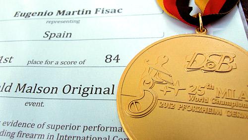 Fotografía: Javier Marqués | Diploma y Medalla acreditativos del Campeón del Mundo