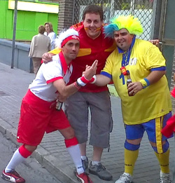eur02012250 CAMPEONES: Aranda celebra el triunfo de La Roja