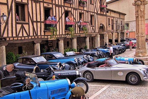 Fotografía: Merche Abad | Exposición de vehículos en Peñaranda de Duero