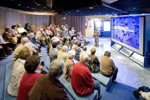 Los visitantes son informados del funcionamiento general de la central