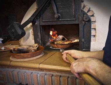 Lechazo Asado en horno de leña