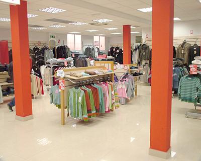 Kmk Aranda cuenta con unas amplias instalaciones