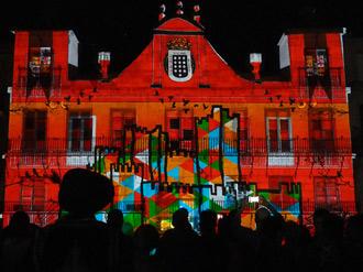 Mapping colaborativo desde la fachada de la Colegiata de San Antolín