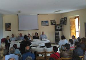 Mesa de participantes