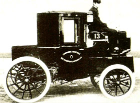 Owen Magnetic modelo M25 de 1917