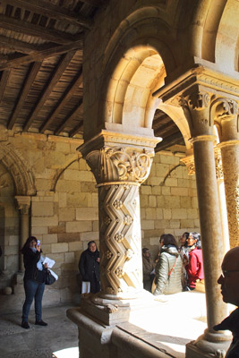 Claustro del Monasterio femenino de San Andrés de Arroyo
