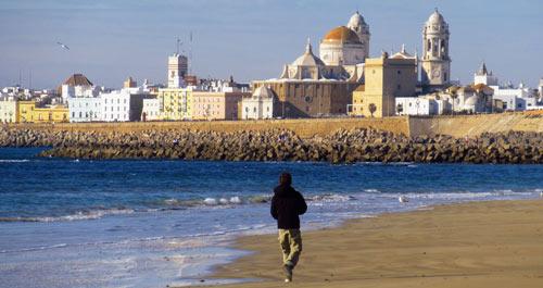 Playa catedral en Cádiz
