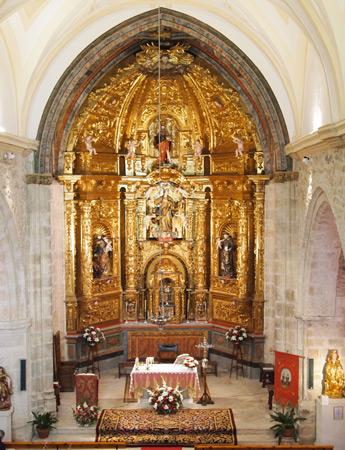 Vista general del retablo del altar mayor
