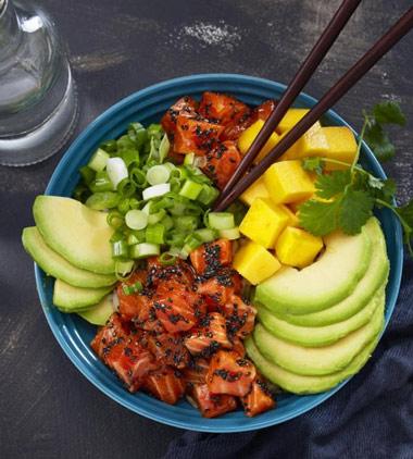 Pokè bowl de salmón