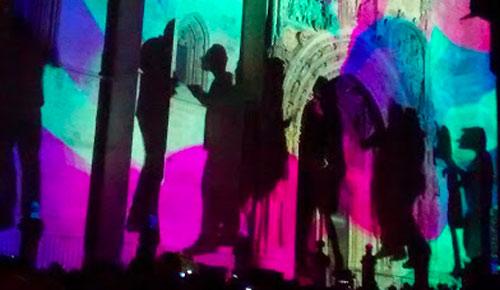 Videomapping proyectado en la fachada de la Iglesia de Santa María