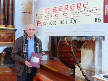 """Santiago Izquierdo presentando el libro """"Miserere"""""""