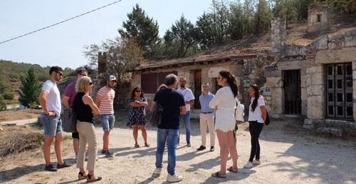 Asistentes al Sonorama Ribera visitando la Ribera del Duero