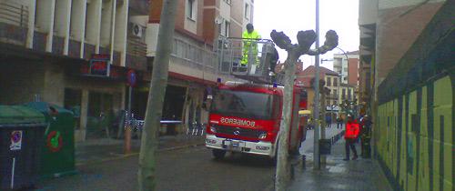 Fotografía: Javier Marqués | Desprendimiento de cascotes en la Calle San Gregorio