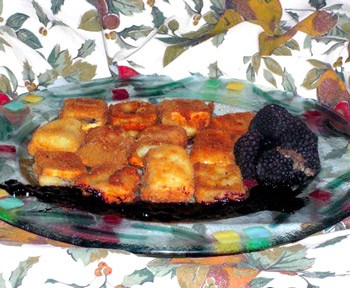 Láminas de queso con trufa de verano