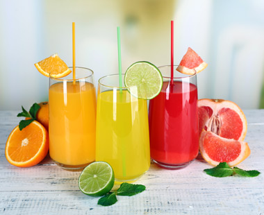 El zumo de fruta ayuda a mantener los niveles de hidratación
